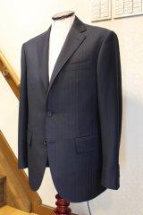 LANVIN 濃紺ストライブスーツの画像