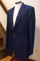 紺色のチェック柄でオーダースーツの画像